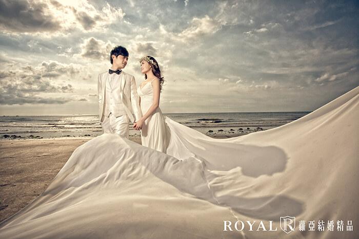 拍婚紗月份-拍婚紗季節-夏天拍婚紗-海邊-淡水-婚紗照-台北-拍婚紗-蘿亞婚紗