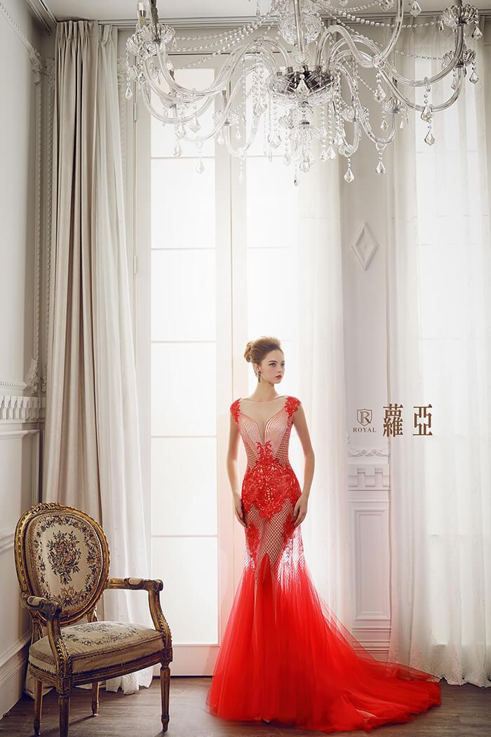 裸紗-性感婚紗-深V紅色裸紗-婚紗禮服-婚紗照-拍婚紗-婚紗推薦-台北-蘿亞婚紗