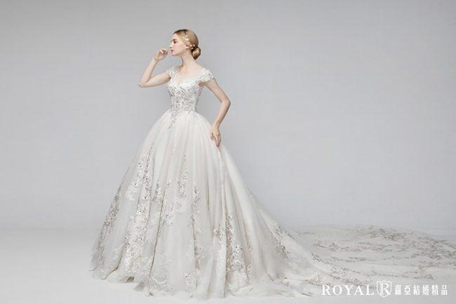 古典白紗-婚紗禮服款式-蓬裙婚紗-蓬裙白紗-婚紗款式2020-古典婚紗