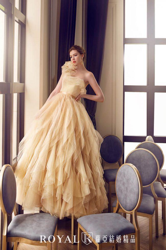 婚紗款式2020婚紗禮服款式-蓬裙婚紗-荷葉婚紗-香檳金禮服-斜肩婚紗