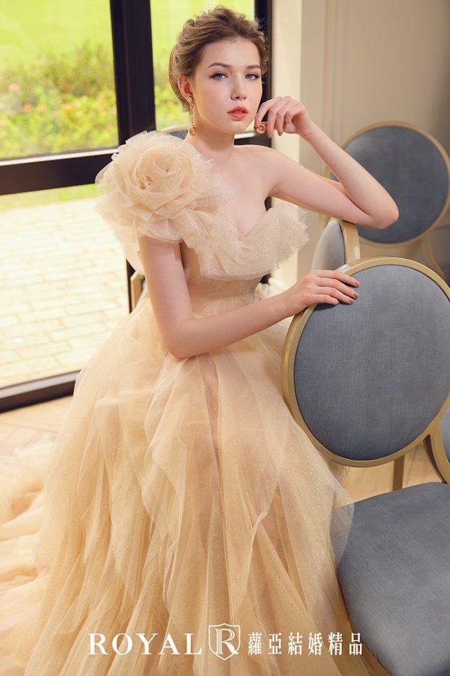 婚紗款式2020-婚紗禮服款式-蓬裙婚紗-香檳金禮服-斜肩婚紗-荷葉婚紗