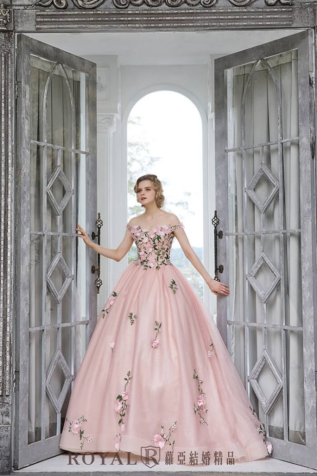 婚紗禮服款式-卡肩婚紗-卡肩禮服-澎裙婚紗-婚紗款式2020
