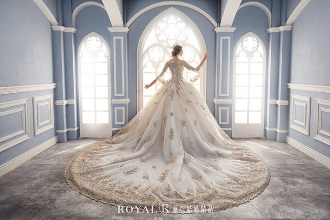 婚紗禮服款式-特殊袖型-金色蕾絲婚紗-婚紗款式2020