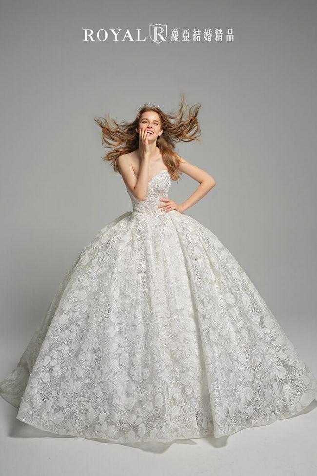 婚紗禮服款式-蓬裙婚紗-婚紗款式2020-手工婚紗-桃心領婚紗