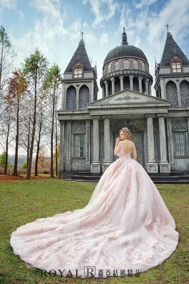 婚紗禮服款式-蓬裙婚紗-粉色禮服-甜美婚紗-手工婚紗-婚紗款式2020