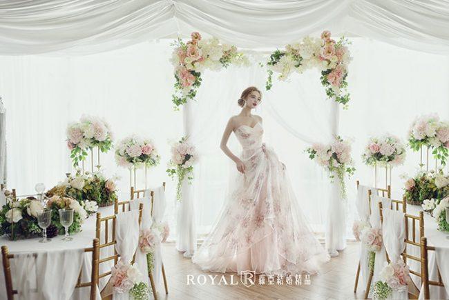 婚紗禮服款式-蓬裙婚紗-花布婚紗粉紅色禮服-甜美婚紗-婚紗款式2020