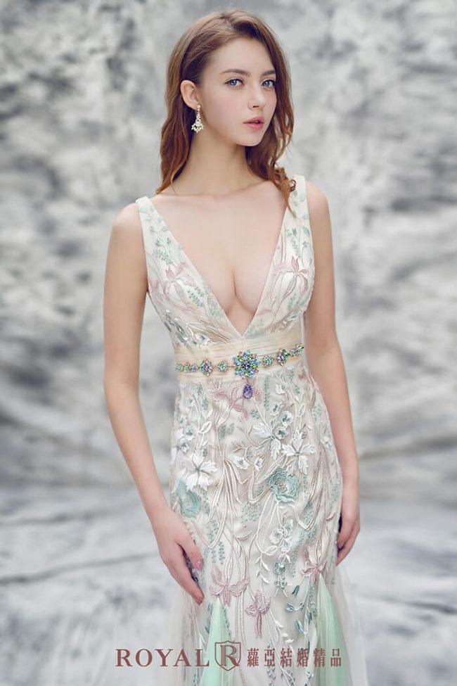 婚紗禮服款式-魚尾婚紗-手工婚紗-魚尾禮服-深V婚紗