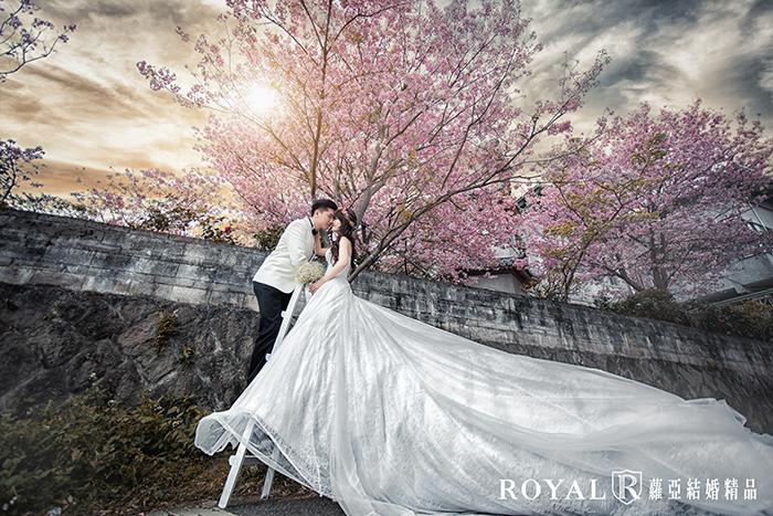 拍婚紗月份-拍婚紗季節-春天婚紗-櫻花-陽明山-東方寺-婚紗照-台北-拍婚紗-蘿亞婚紗