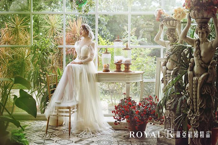 2020婚紗推薦-2020婚紗趨勢-流行婚紗禮服款式-現代的波希米亞風Boho-蘿亞白紗-法式柔美輕裸紗