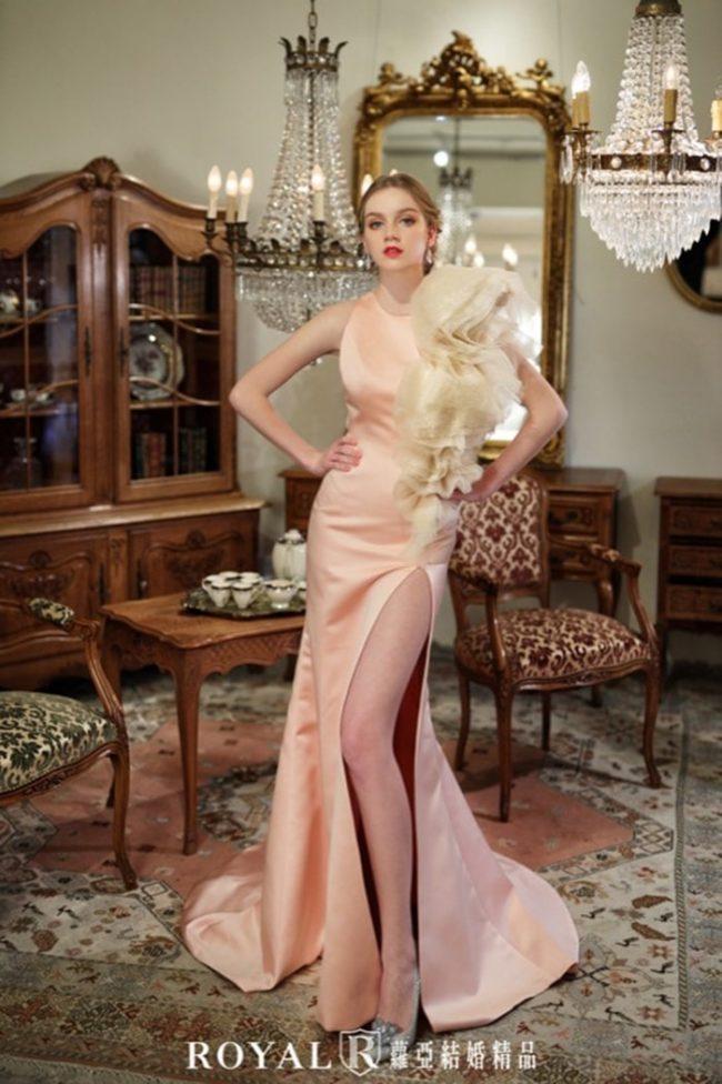 婚紗禮服款式-緞面婚紗-手工婚紗-開衩婚紗禮服-婚紗款式2020