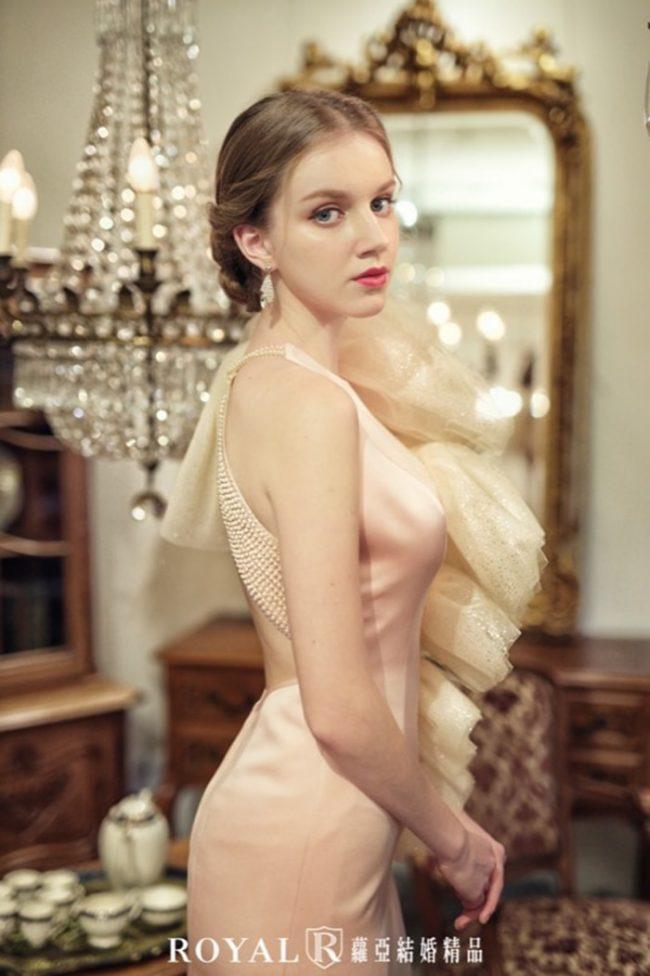 婚紗禮服款式-緞面婚紗-手工婚紗-開衩婚紗禮服