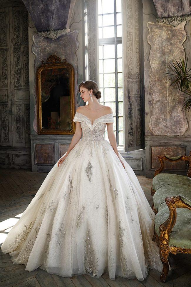 婚紗禮服-婚紗推薦-婚紗款式-卡肩禮服-卡肩婚紗-婚紗照-拍婚紗-台北-蘿亞婚紗