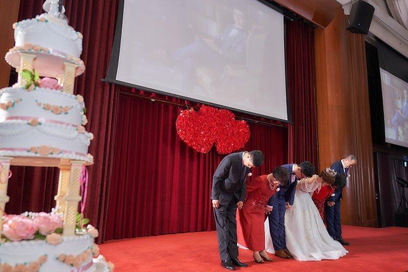 蘿亞婚紗評價-蘿亞婚紗-台北婚紗推薦-新娘秘書 -婚禮攝影