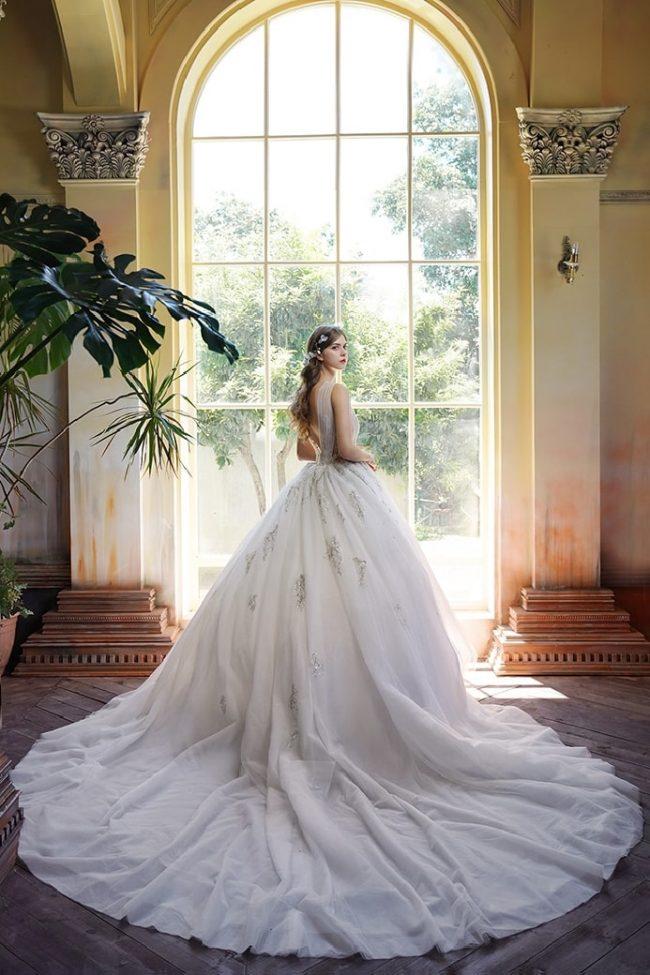 婚紗禮服-婚紗推薦-婚紗款式-澎裙婚紗-婚紗照-拍婚紗-台北-蘿亞婚紗
