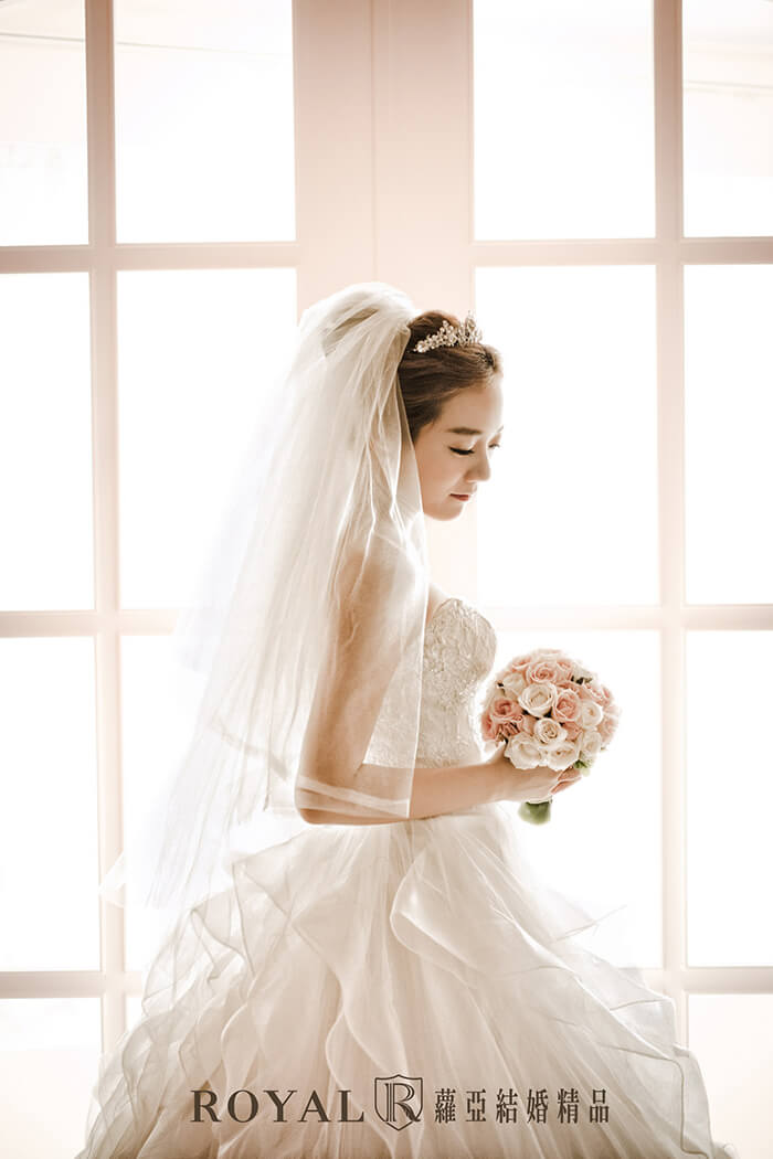 韓式婚紗台北-婚紗照風格-韓式婚紗照-韓系婚紗-韓式婚紗髮型-新娘髮型-蘿亞婚紗