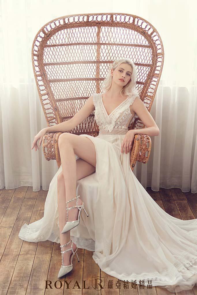 白紗-禮服-白紗款式-波希米亞aline白紗-婚紗照-拍婚紗-台北-蘿亞婚紗
