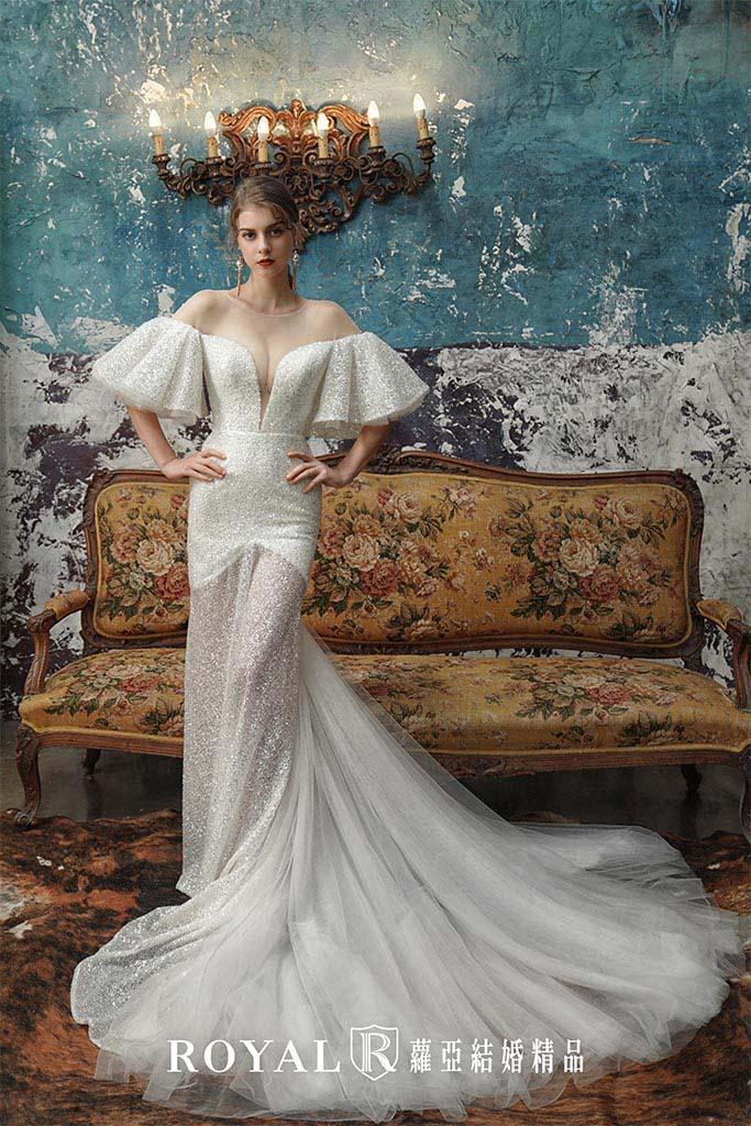 白紗-禮服-白紗款式-波浪袖裸肩白紗-婚紗照-拍婚紗-台北-蘿亞婚紗