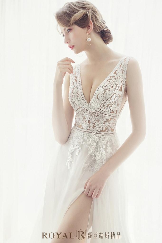 白紗-禮服-白紗款式-輕婚紗-aline白紗-婚紗照-拍婚紗-台北-蘿亞婚紗