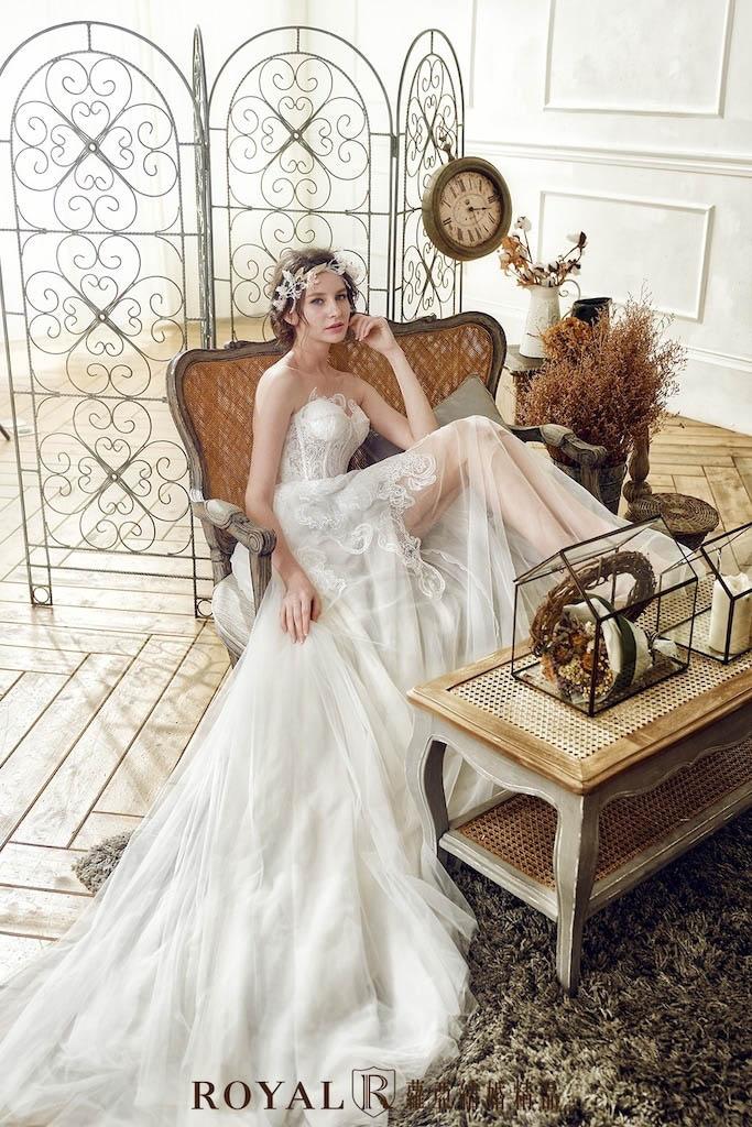 小隻女婚紗-新娘禮服-平口蕾絲美腿白紗-婚紗禮服-蘿亞婚紗-台北婚紗