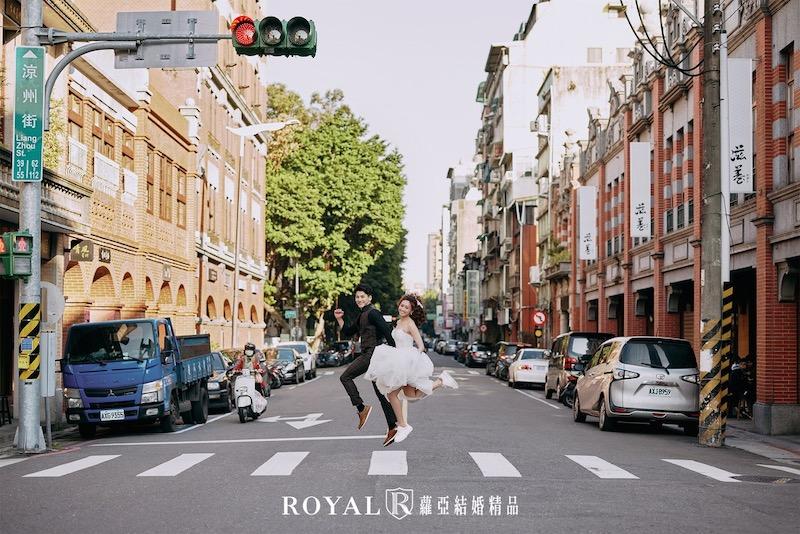 婚紗景點-台北-迪化街-2-婚紗照-拍婚紗-蘿亞婚紗