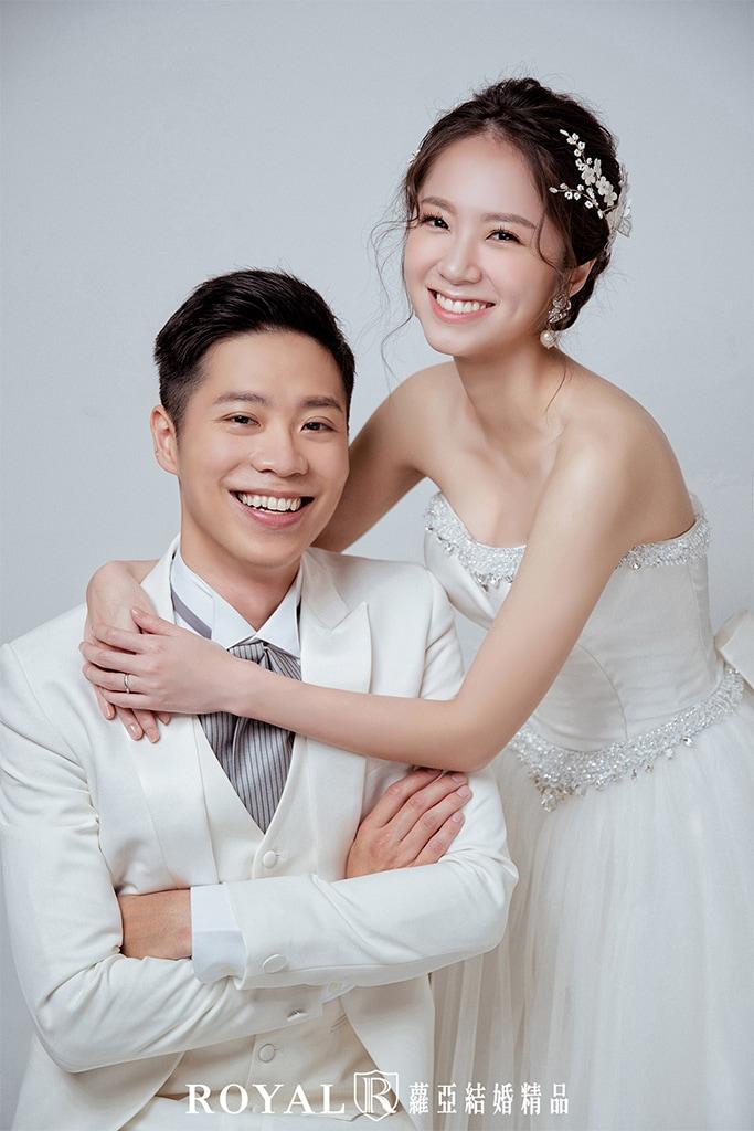 韓式婚紗-韓風婚紗照-韓式婚紗棚拍-素背景婚紗-4-台北-婚紗照-拍婚紗-蘿亞婚紗